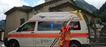 VolontariaSav_con_defibrillatore