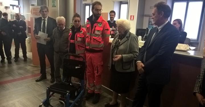 Una Sedia Motorizzata Sali Scendi Scale Alla Croce Verde Pinerolo Grazie A Carta Etica Unicredit Anpas Piemonte