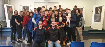 Istruttori Croce Verde Alessandria insieme agli e studenti Istituto Volta